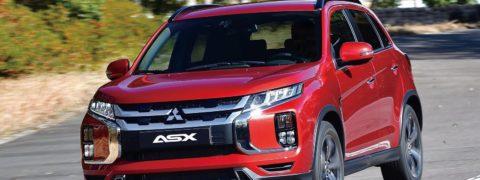 Tres SUV de Mitsubishi para circular por la Zona de Bajas Emisiones de Barcelona