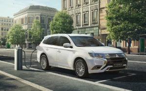 Las ventas de Mitsubishi en España crecen un 10% durante 2019 - Mitsubishi Outlander PHEV