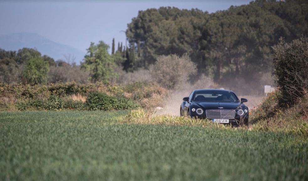 Arte y gastronomía con Bentley Barcelona