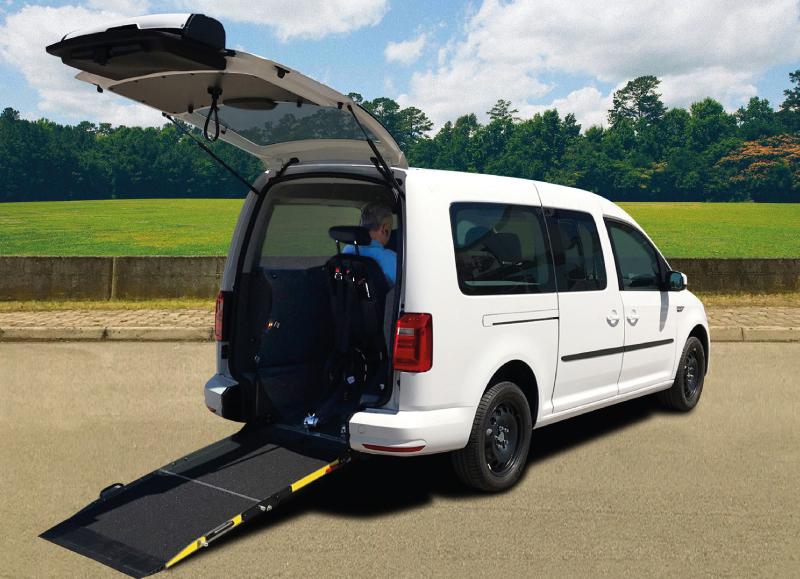 MONTAJE CADDY MAX GNC adaptado para personas con movilidad reducida