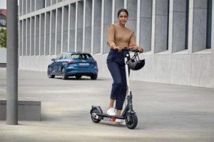 ¡Tú eliges cómo moverte con el nuevo Audi Electric Kick Scooter!