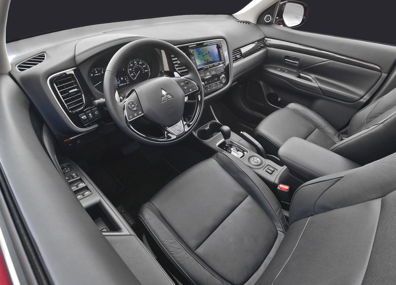 Toda la tecnología del Mitsubishi Outlander