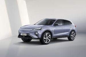 MG duplica su gama eléctrica con dos nuevos modelos: el SUV Marvel R Electric y el familiar MG5 Electric